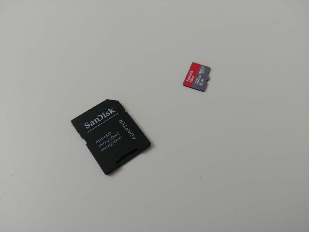 Carte microSD avec adaptateur